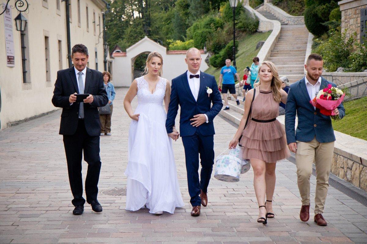 Zdjęcia ślubne w Czernej | OSP Ostrężnica