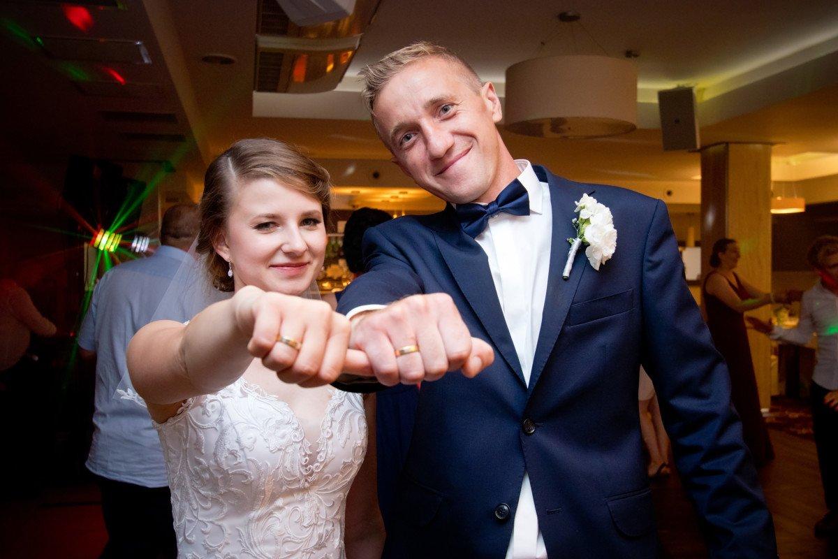 Sylwia & Krzysztof - zdjęcia ze ślubu 1